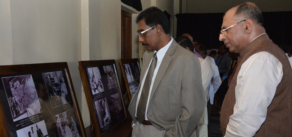 Gandhi @ 150 celebrations  -  Consul General with Mr. Hemal Gunasekara, Hon' Governor of Southern Province at the photo exhibition of Mahatama Gandhi held at Mahinda College, Galle