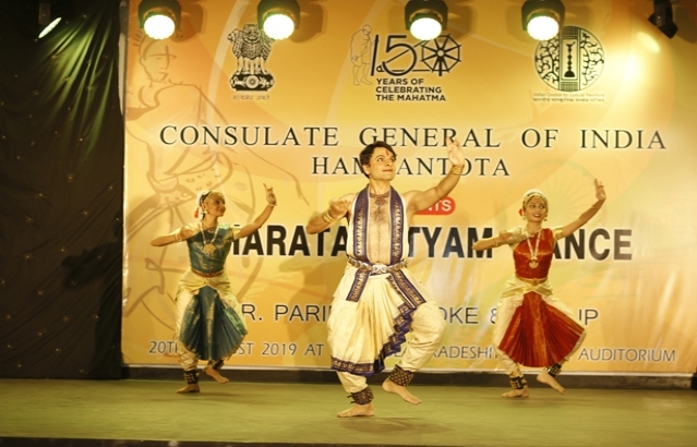 Bharatanatyam Dance Performance @ Deniyaya
